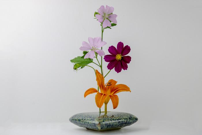 Moribana Style Of Ikebana