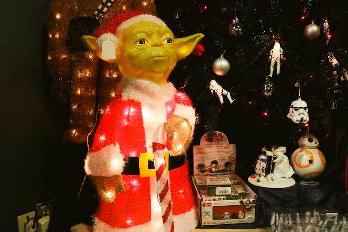 Yoda As Santa